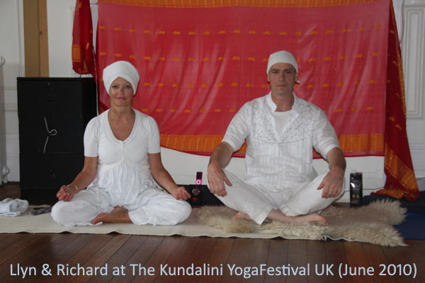 Llyn and Richard - Yoga Festival, UK (June 2010)
